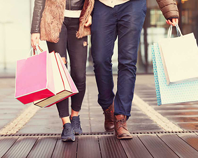 De compras en Paseo Villalta