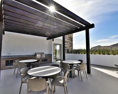 Terraza de casa club en Alyssa Residencial